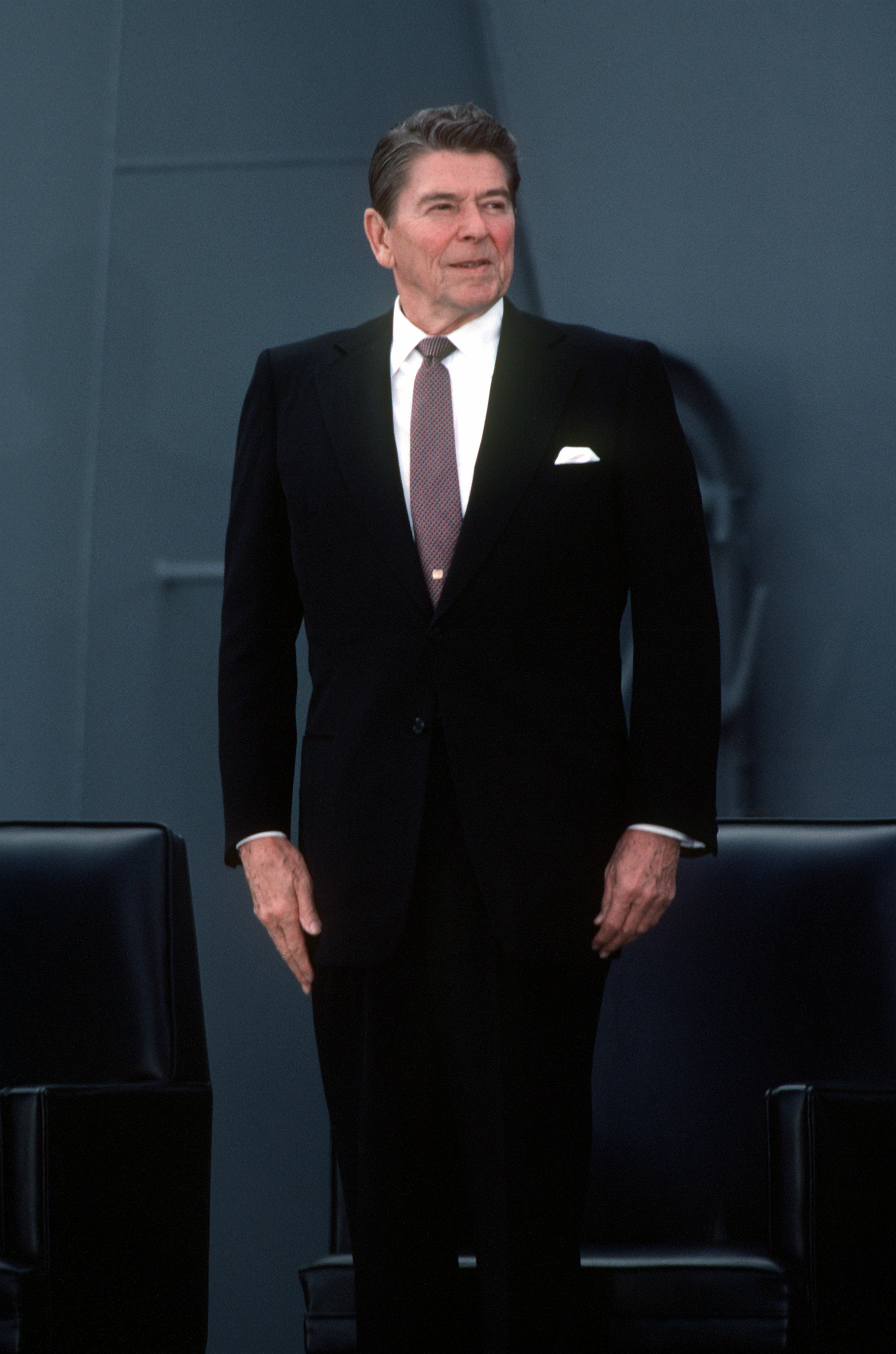 ronald reagan the 40th president of On february 6, 1911, ronald wilson reagan was born in an apartment on the second floor of a commercial building in tampico, illinois he would become a hollywood actor and union leader before serving as the 33rd governor of california from 1967 to 1975 reagan served as the 40th president of the united states from 1981 to 1989.