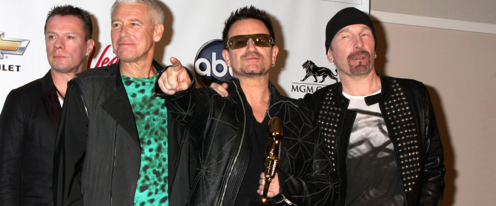 Bono promotes capitalism